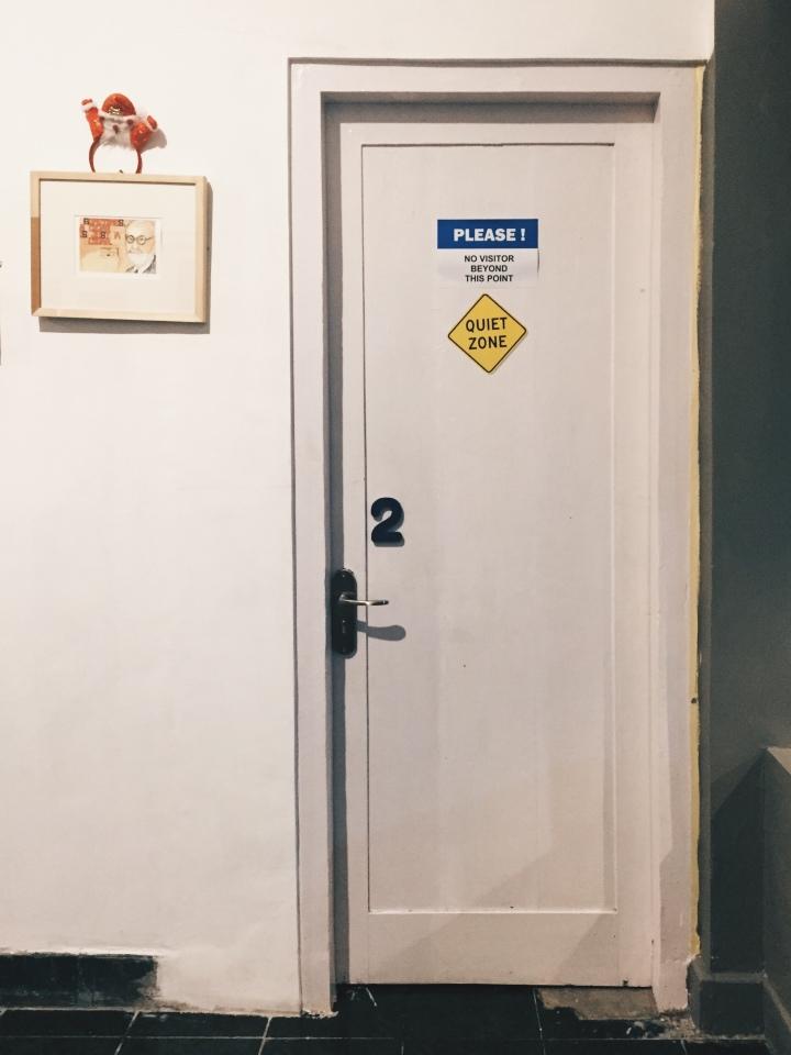 Pintu kamar Pondok Sare